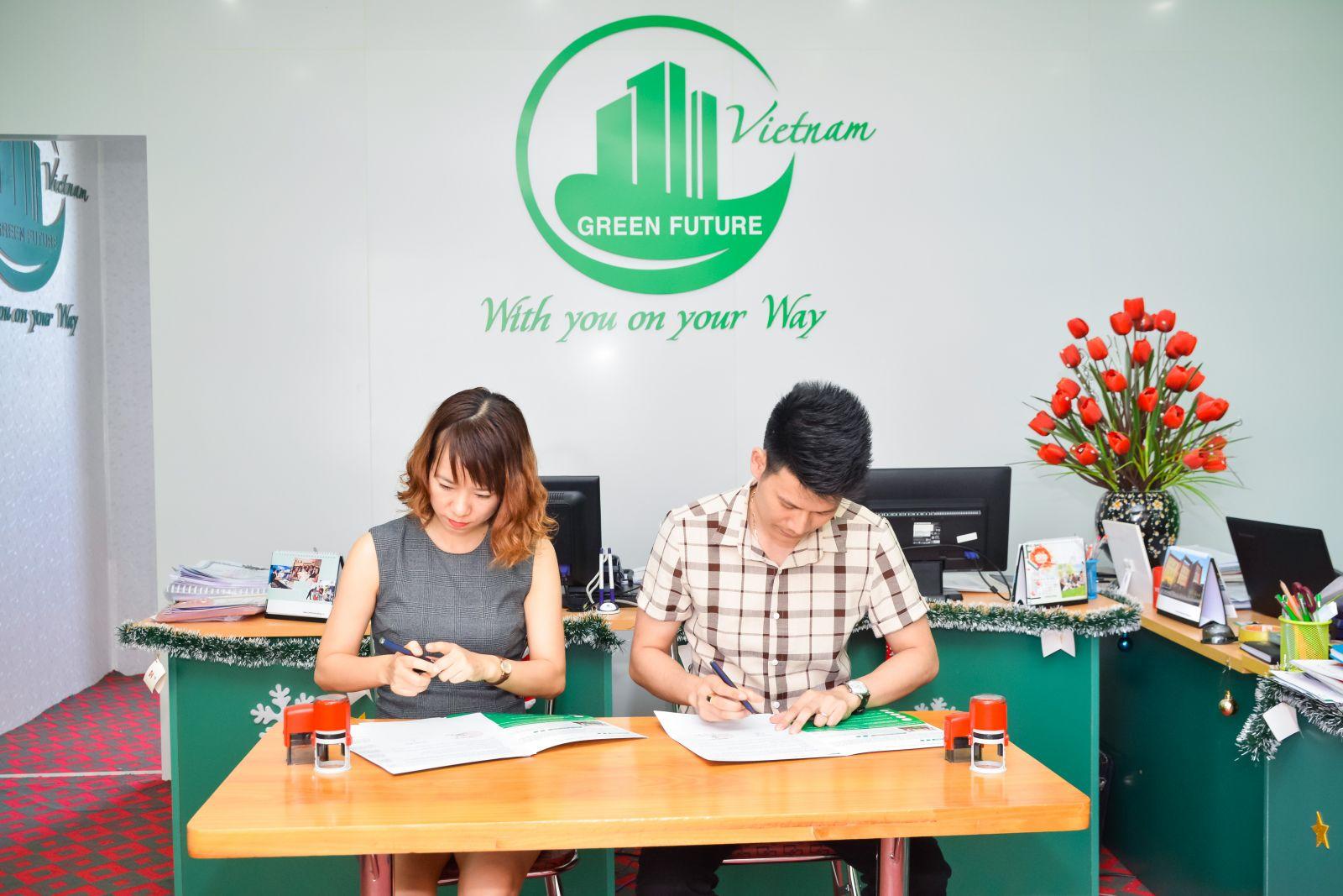 Ký kết hợp tác giữa Hệ thống Anh ngữ DMEC & Du học Tương Lai Xanh Việt Nam